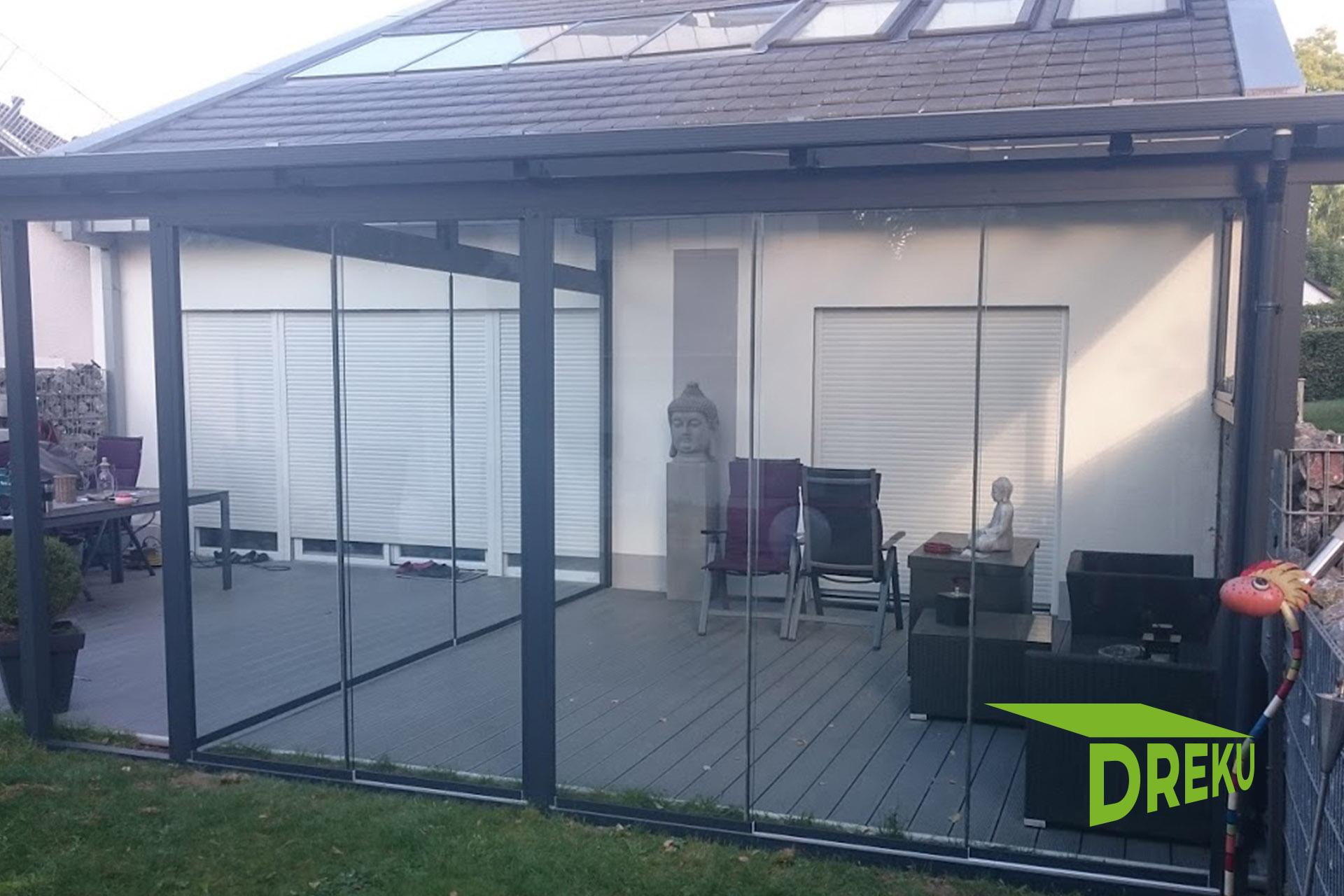 Glasschiebewand mit ESG Glas   DREKU GmbH   kunststoffhandel20.de
